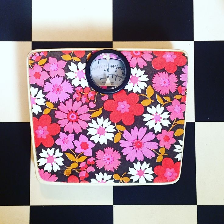 Flower power bathroom scales.
