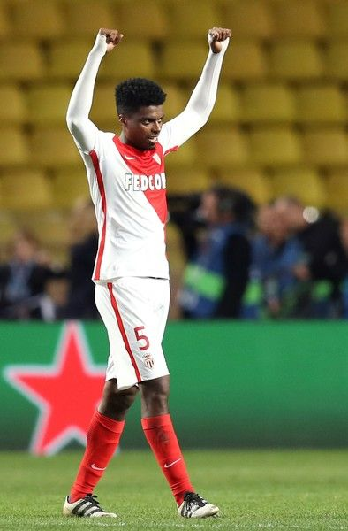 Monaco's Brazilian defender Jemerson reacts at the end of the UEFA Champions League group E football match AS Monaco and Tottenham Hotspur FC at the Louis II stadium in Monaco on November 22, 2016. / AFP / Valery HACHE