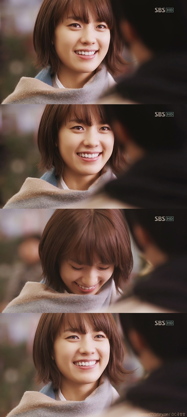 Han Hyo Joo, her smile is awesome :3