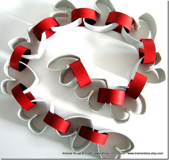 San Valentino: la ghirlanda di cuori in cartone riciclato