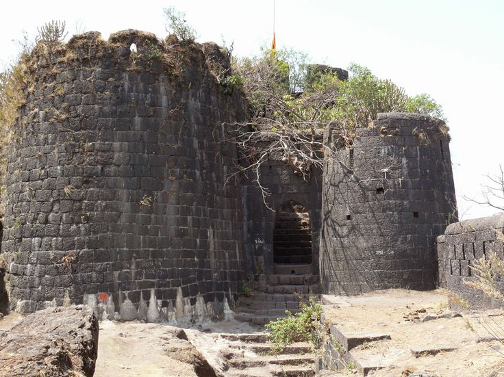 haniwarwada Fort (Pune).  They say a Peshwa dynasty heir was assassinated here by one of his relatives; he was just 13 at that time. According to the incident, he was running all across the fort crying for help; the cries that people still hear at full-moon night.
