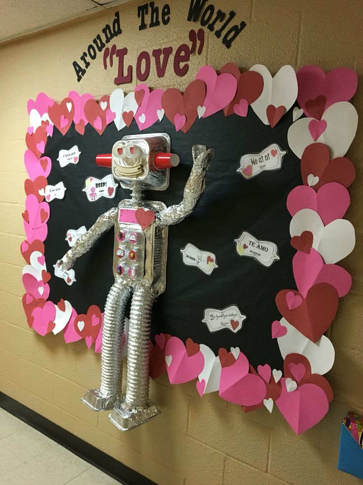 Robot love! Nothing says love like paper hearts and aluminum pans!