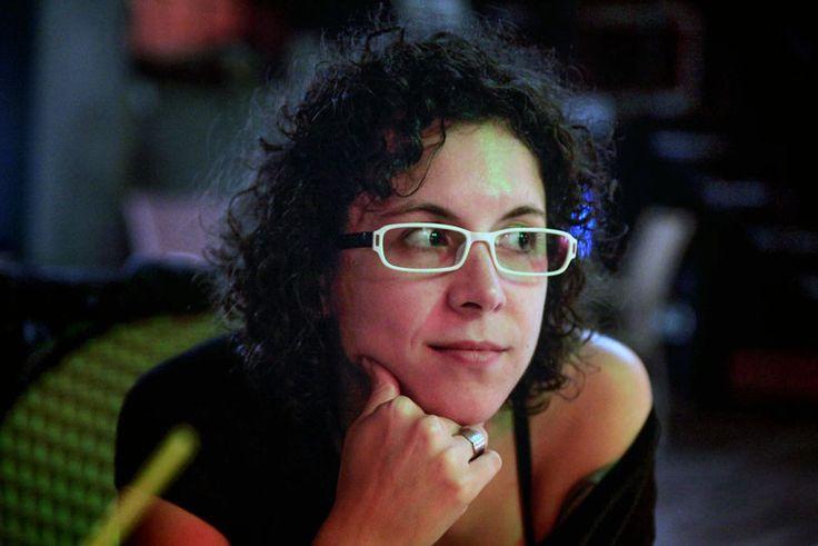 Bilanţul tragediei din Colectiv a ajuns la 46 de morţi. Jurnalista Teodora Maftei a murit la clinica din Israel - http://herald.ro/actualitate/bilantul-tragediei-din-colectiv-a-ajuns-la-46-de-morti-jurnalista-teodora-maftei-a-murit-la-clinica-din-israel/
