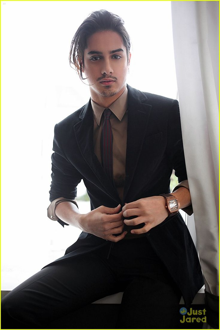 """Avan Jogia (a.k.a.—Danny Desai on ABC Family's hit show """"Twisted"""")....I am literally WAYYYY too obsessed with him!!  mmmmmm!!  ❤❤❤❤"""