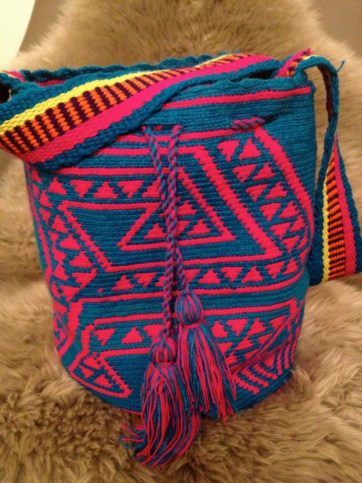 Wayuu Taya    http://www.facebook.com/pages/Colett-Womans-Wear/218782088189776