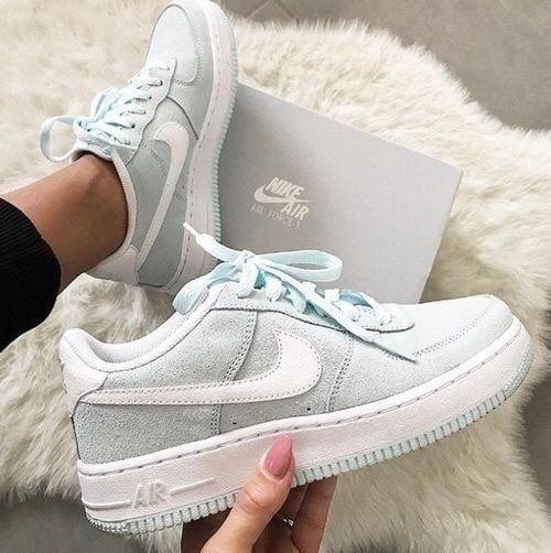 #Liebe #Sneakers Magische lässige High Heels