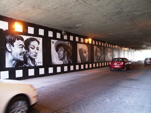 """Mural Cine Mexicano Tunel De León Guanajuato (Mural Of Mexican Movies In Tunnel Of Leon Guanajuato) Photo By: """"galloelprimo"""""""