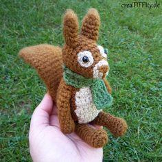 Skippy Junior Kostenlose Häkelanleitung findet ihr auf www.creaTIFFIty.de. #häkelnmachtglücklich #häkelliebe #crochetlove #häkeln #crochet #hækle #haken #amigurumilove #häkelanleitung #creaTIFFIty #eichhörnchen #squirrel #häkelcal #cal #crochetalong
