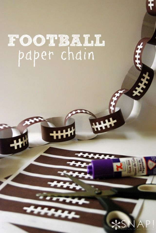 Football Paper Chain Printable - create a simple paper chain to define your party space. #Superbowl #Football #Party