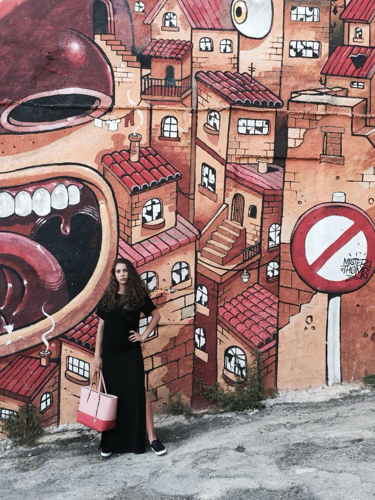 #streetstyle #calabromoda #agrigento #viagallo #mistertoms #artist #art #pinko #dress #michaelkors #bag #shoes #slipon #fashion #fashiongirl #streetart #style