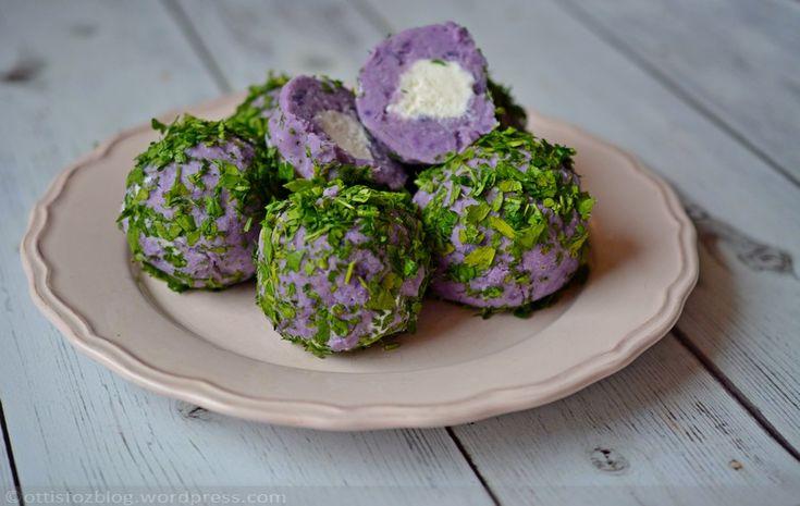 Sajtos lila krumpli golyók