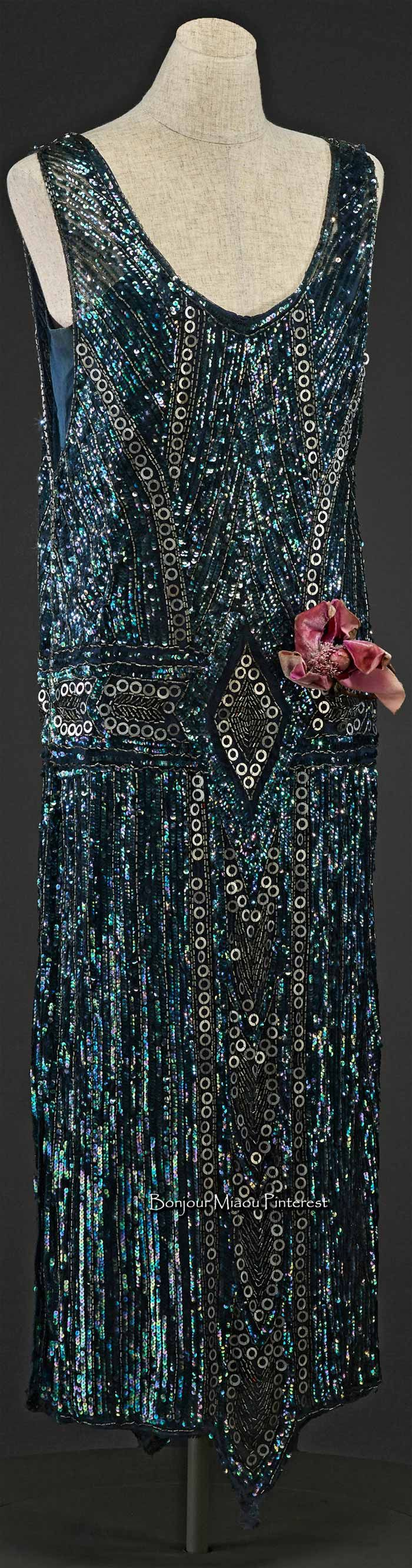 Evening dress, American, ca. early 1920s. Silk, net, sequins, glass beads. Indianapolis Museum of Art