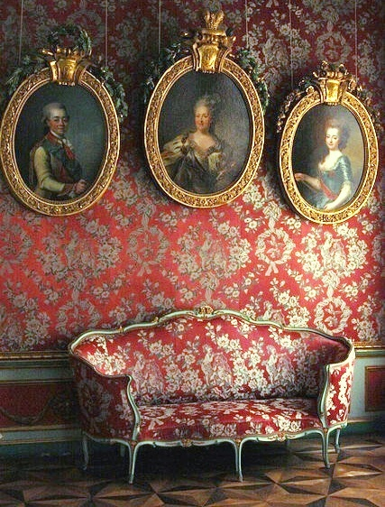 Best 25 Baroque Decor Ideas On Pinterest