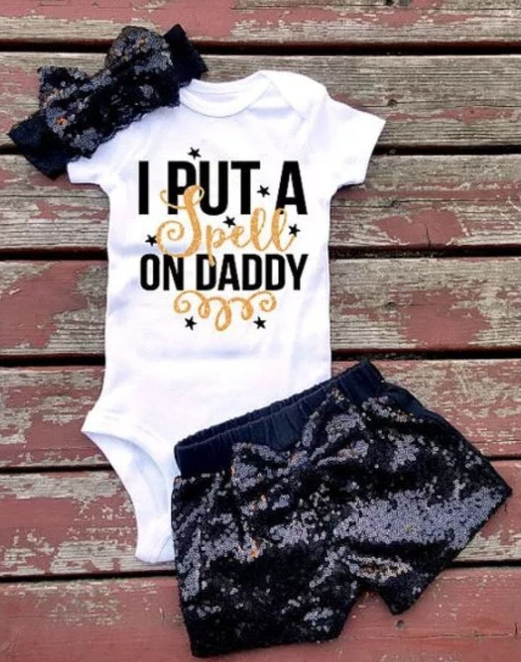 Baby Girl Outfit I put a spell on Daddy Halloween Set