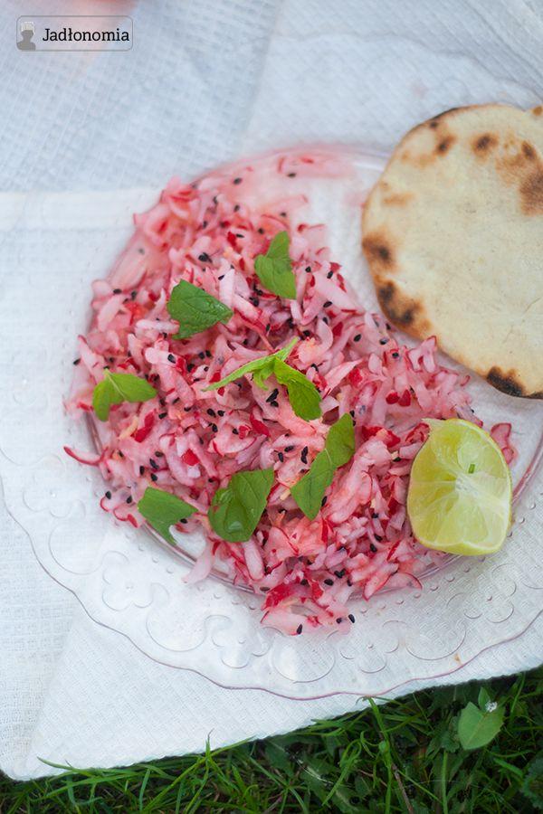jadłonomia · roślinne przepisy: Imbirowa sałatka z rzodkiewki pani Preeti