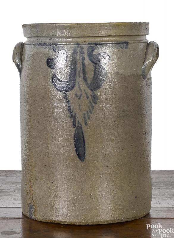 Virginia stoneware crock, 19th c. - Price Estimate: $300 - $500