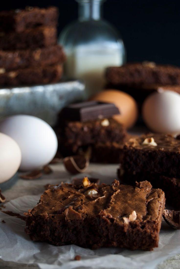 La asaltante de dulces: Receta de brownie de chocolate y avellanas/ Chocolate & hazelnut brownie recipe. I love it!