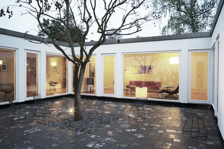patio interior idea suelo en house hornemann by thomas. Black Bedroom Furniture Sets. Home Design Ideas