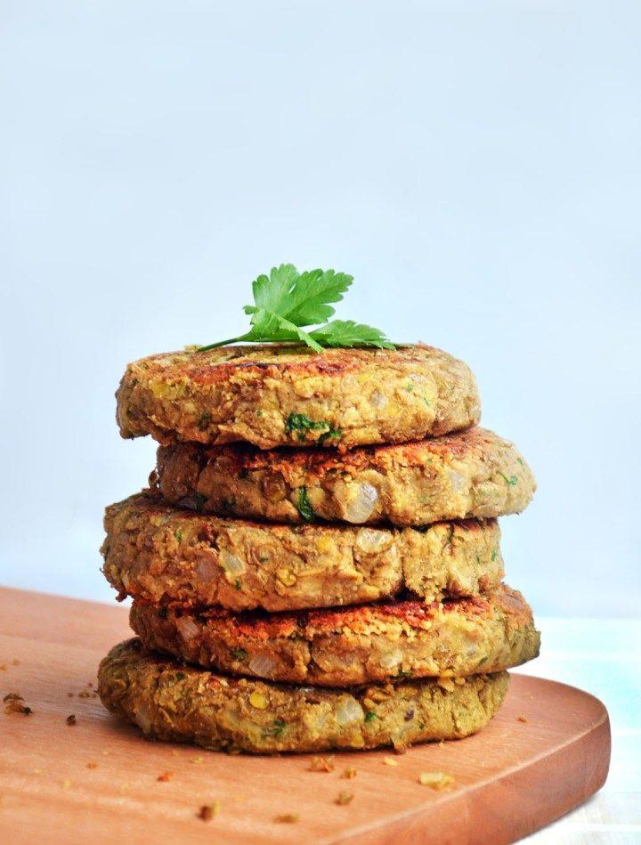 Hambúrguer de lentilha. Rápido, prático e delicioso!