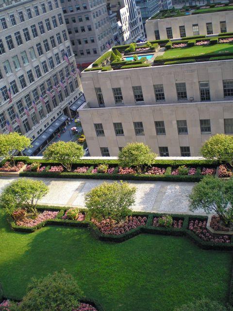 NYC. Manhattan. Rockefeller Center Rooftop Garden by David Shankbone.