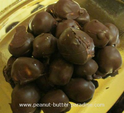 Mouth-watering Peanut Butter Balls - Get the recipe at http://www.peanutbutterparadise.com/peanut-butter-balls.html