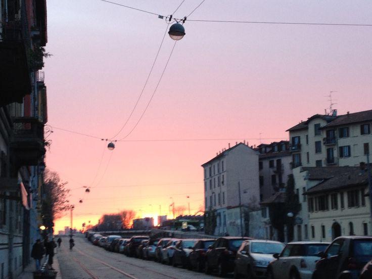 Il Cielo sopra Milano #pinkinside #Navigli