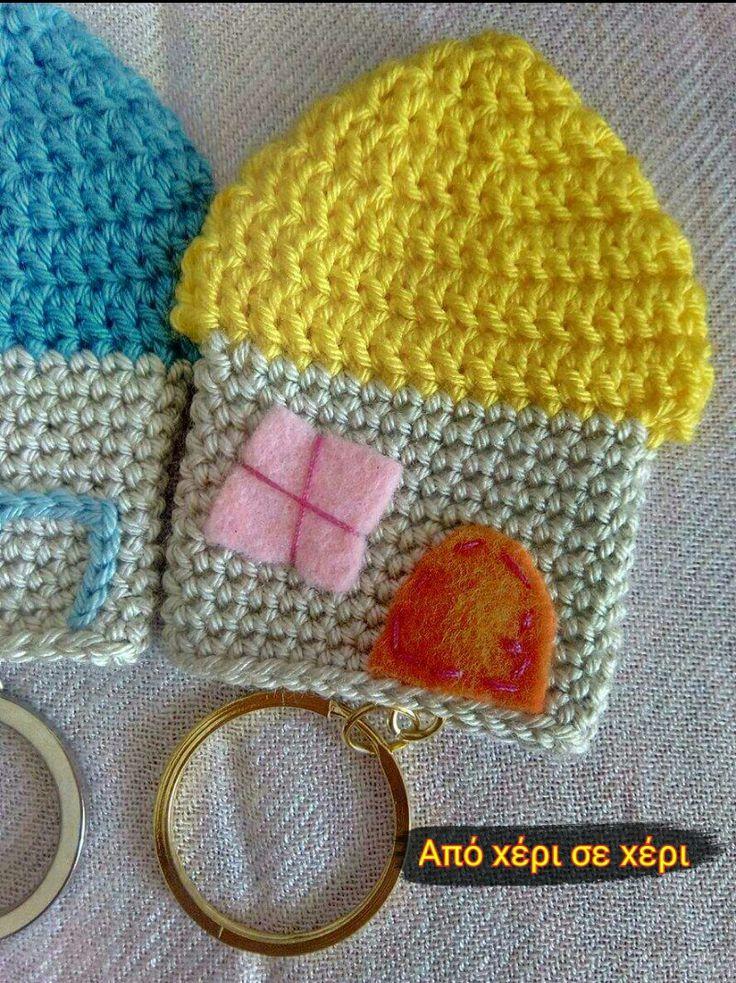 #πλεκτά #σπιτάκια #μπρελόκ #crochet #house #keychain #από χέρι σε χέρι facebook page