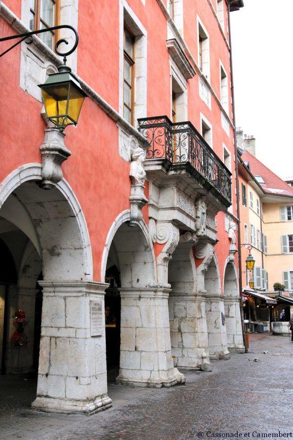Arcades de la vieille ville d'Annecy