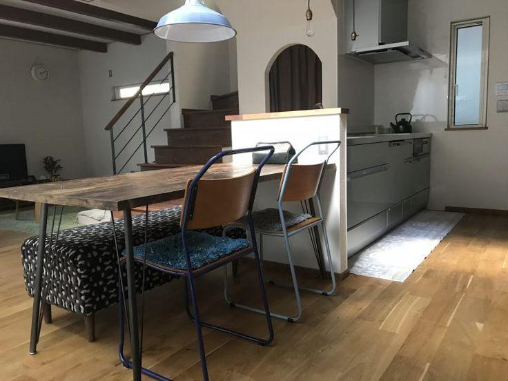 キッチンと横並びのダイニングテーブルの配置は失敗 実際に住んで思うメリットデメリット Myhome Living 家づくりと豊かな暮らし キッチン間取り ダイニング リビング キッチン