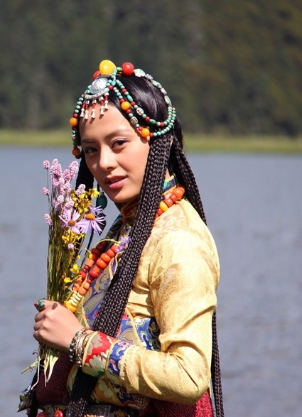 The Heroine Of The Drama Tibet Girl Braided Hairstyles