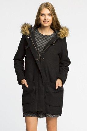 Płaszcz z materiału z domieszką wełny + kaptur z futerkiem. 249,90 zamiast 330 PLN