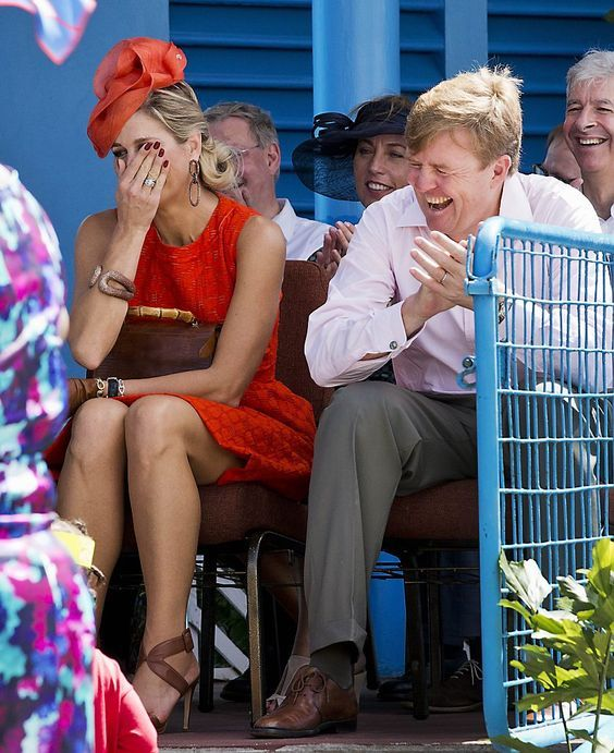 Koning Willem-Alexander en Koningin Maxima brengen een bezoek aan het eiland St. Eustatius in het Caribisch gebied 15 november 2013