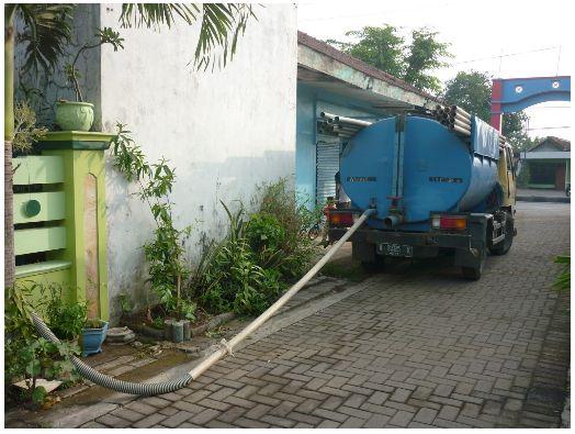 Cara mendapatkan layanan sedot wc Pasuruan paling murah sangat mudah, karena Kami Sedot WC Rizky Putra adalah pilihannya. Siap mengatasi wc mampet, wc penuh