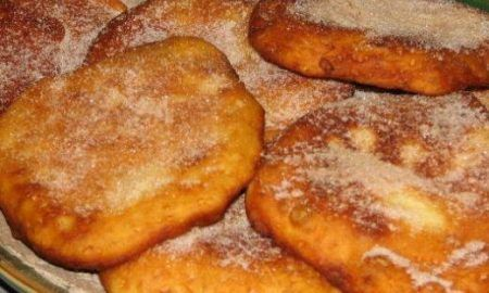 Ingredients: Milk – 1 cup Warm water – 1 cup Active dry yeast – 2 tablespoons Salt – 1 teaspoon White sugar – 2 tablespoons Shortening – 3 tablespoons All purpose flour or maida – 4 cups Oil for deep frying For elephant ears