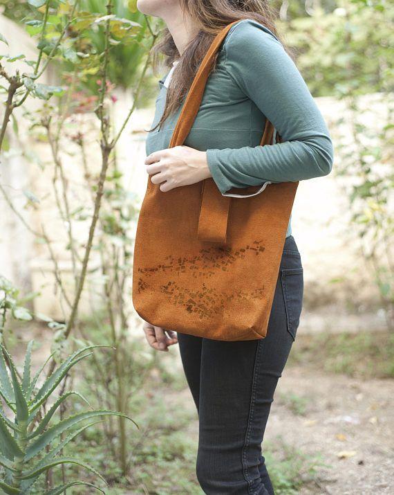 leather tote urban chic handprinted leather bag shoulder bag  https://www.pintaram.com/u/saysomethinglab