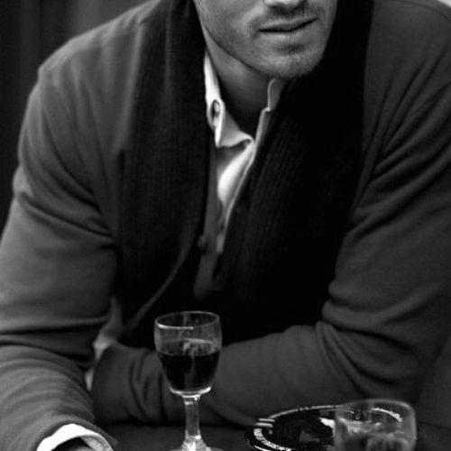 katylove1965:    Gli uomini soli sono sempre in cattiva compagnia;)