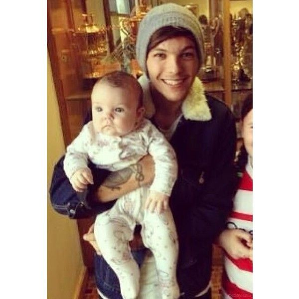 1D Families ❤ liked on Polyvore featuring one direction, louis, louis tomlinson, 1d and fotos