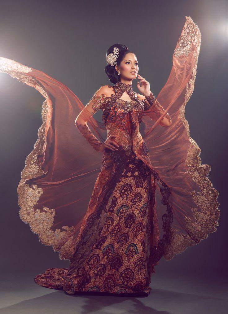 Fashion spread - Kebaya shoot (Perkawinan Magz March 2011) 4
