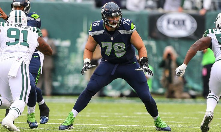 Seahawks' Bradley Sowell has sprained MCL = Seattle Seahawks left tackle Bradley Sowell left Sunday night's game against the Arizona Cardinals with what turned out to be an MCL sprain and was helped off the field by the training staff. The game would go on to end in.....