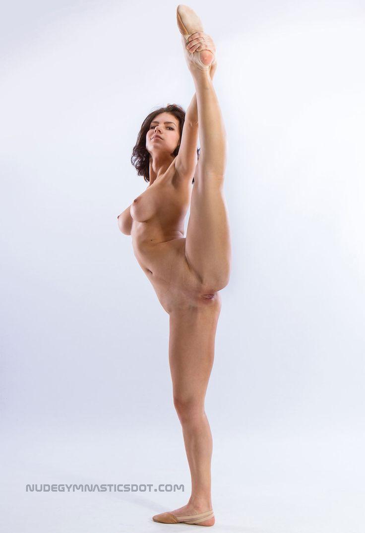 Flexy Lesbian 42