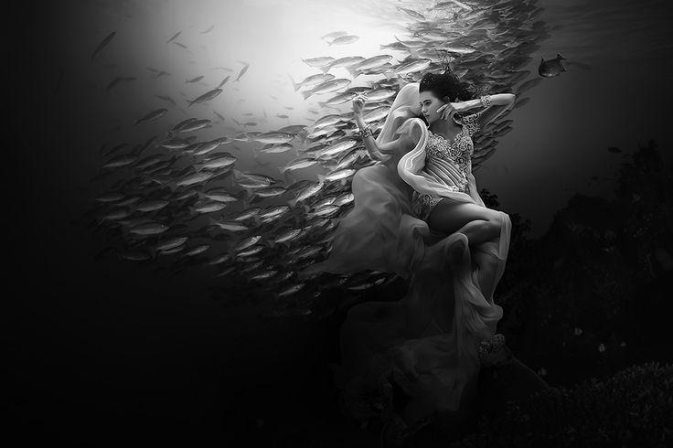 Kebaya underwater
