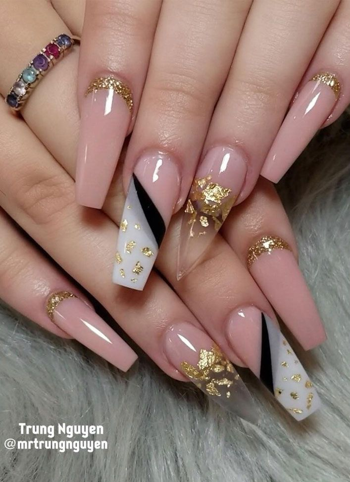 40 Fabulous Nail Designs That Are Totally In Season Right Now Luminous Nails Fabulous Nails