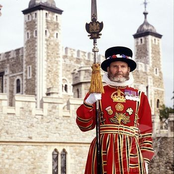 Beefeater at the Tower of London posted by www.futons-direct.co.uk