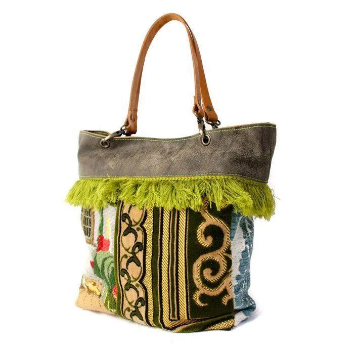 Cozy Granny tas | Exclusieve, handgemaakte tassen van leer en prachtige stoffen. | Do Not Iron