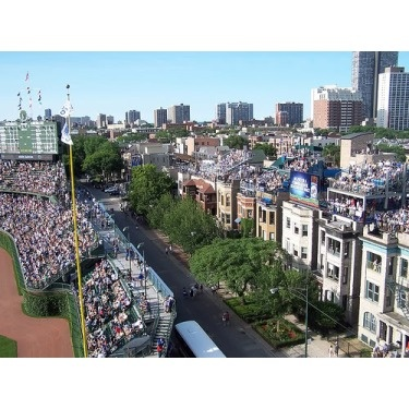 wrigleyville rooftops... i miss chi!