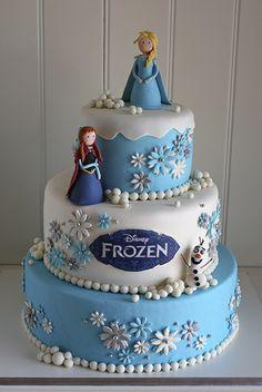 torta de anna frozen - Buscar con Google                                                                                                                                                      Más
