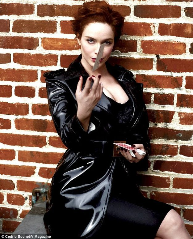 f1ab9ed4878e Christina Hendricks Dressed In Leather