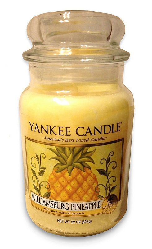 Yankee Candle Exclusive! ** Williamsburg Pineapple ** Large Jar : Fruit : Light Golden Yellow : Smells amazing!!! <3