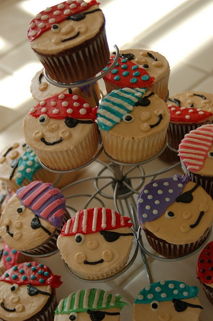 Are these pirate cupcakes okay? @Cristen Nelson Nelson Tao