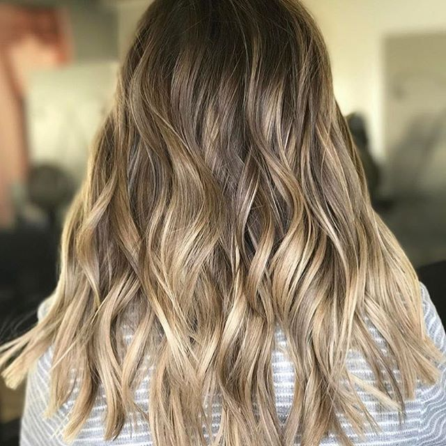 Sun Kissed. Color by @hairby_btaylor #hair #hairenvy #hairstyles #haircolor #bronde #blonde #balayage #highlights #newandnow #inspiration #maneinterest